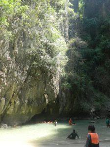 Spiaggetta all'interno della Emerald Cave
