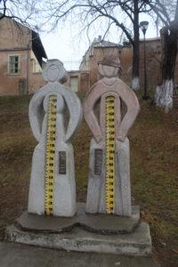 Hansel e Gretel misurano la vostra altezza