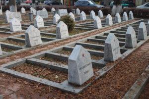 "Tombe nel ""cimitero"" russo"
