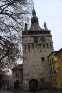 Torre con l'orologio vista da dentro la cittadella