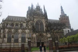 Sint-Janskathedraal - Il superbo lato sinistro