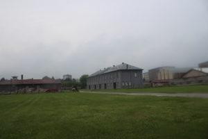 Interno dell'ex campo di concentramento di Nis