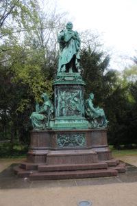 Statua nell'Hofgarten