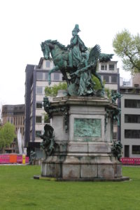 Statua di Kaiser-Wilhelm-Denkmal