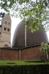 L'imbarazzante Rochuskirche col suo campanile
