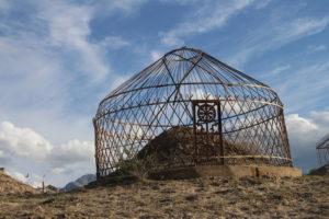 Tomba a forma di scheletro di yurta