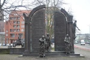 Monumento ai sette di Gottingen - 2