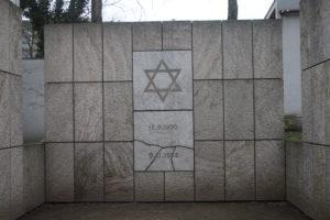 In memoria della Sinagoga distrutta