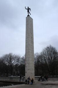 Monumento al tedoforo olimpico