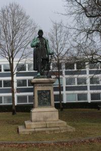 Statua di Friderich Adolph Schleppegrell