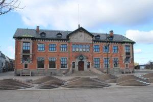 La Toldkammer e l'originale fontana di fronte