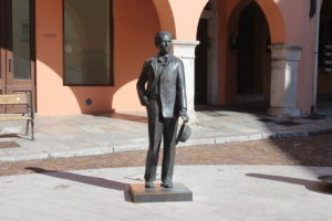 Statua di Carlo Michelstaedter