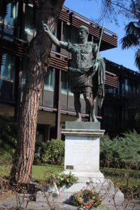 Dedicato a Cesare Augusto