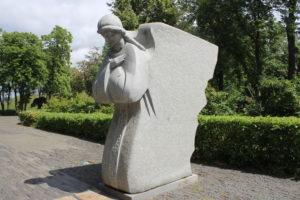 Uno dei due angeli protettori delle anime delle vittime della carestia