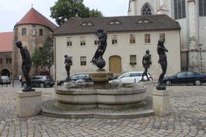 La fontana su Domplatz