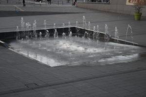 Fontana alla stazione di Amiens
