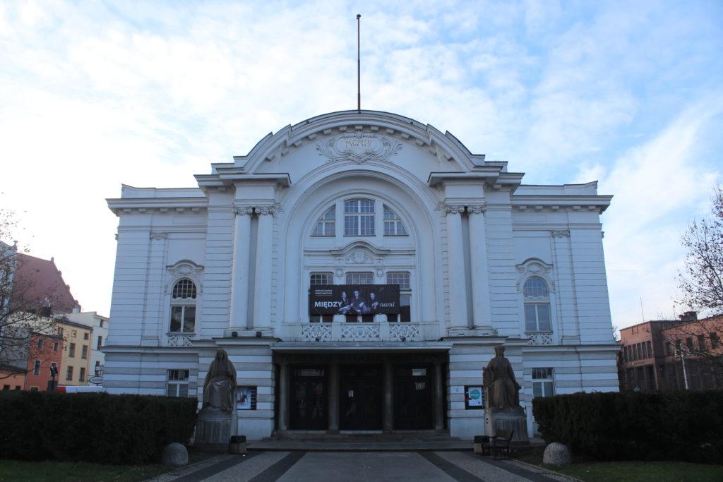 """Teatro """"W. Horzycy"""""""