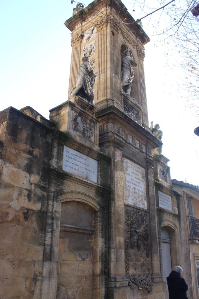 All'ingresso del Mausoleo di Joseph Sec
