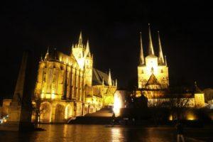 Cattedrale e Chiesa di St. Severi in notturna