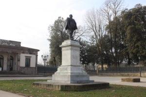 Dedicata a Vittorio Emanuele II°