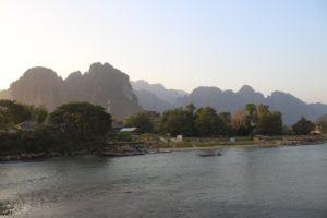 Le Montagne di Vang Vieng al tramonto - 1