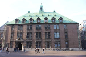 Rathaus-3