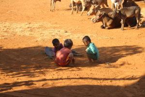Villaggio del Bolaven Plateau - I bambini