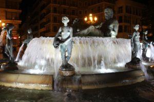 Fuente del Turia di sera