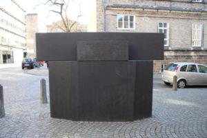 In memoria delle vittime della Kristallnacht