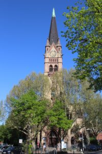 Diakoniepunkte Lutherkirche in mezzo alla foresta