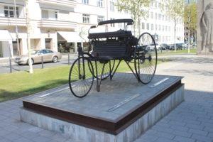 Karl Benz Memorial - Patent Motorwagen