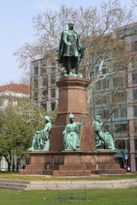 Memoriale per Szechenyi Istvan