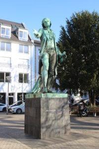 Monumento a Friedrich Schiller
