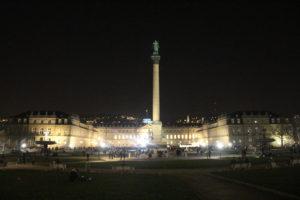 Schlossplatz in notturna