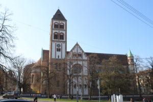 St. Elisabeth Kirche - vista laterale