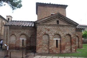 Mausoleo di Galla Placidia - Esterno