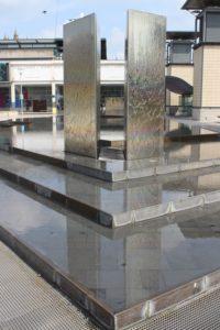 Millennium Square - dettaglio della fontana