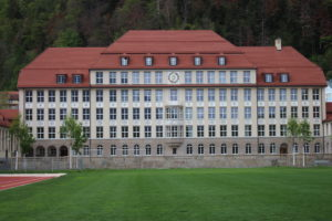 Scuola alla fine del Parco Quaderwiese