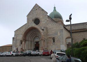 Cattedrale di San Ciriaco - vista laterale