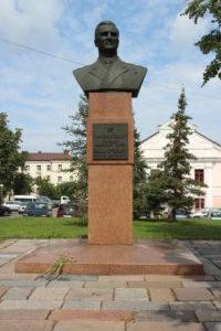 Per V.D. Sokolovsky