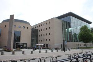 Biblioteca di Malmo - edificio moderno