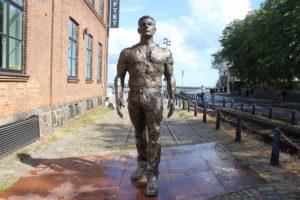 Statue dei lavoratori del cantiere navale - 2