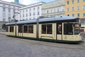 Tram che va alla Basilica sulla Collina Postlingberg