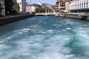 Irruenza del fiume Aar a Thun