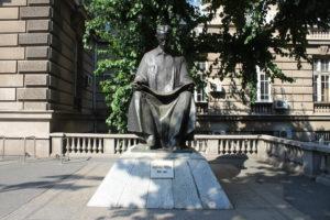 Monumento a Nikola Tesla
