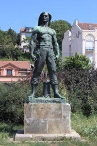 Monumento ai lavoratori portuali morti nella seconda guerra mondiale