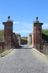 Porta di Avvicinamento alla Fortezza - 1