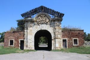 Porta di Carlo VI