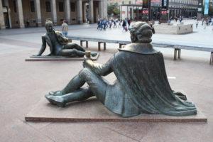 Altre sculture in Plaza Nuestra Senora del Pilar