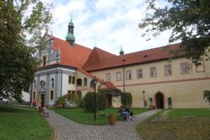 Chiesa e Minoritsky Klaster - panoramica